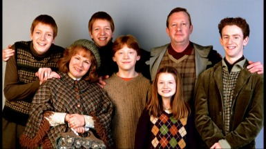 The-Weasley-Family-harry-potter-9137817-1024-576.jpg